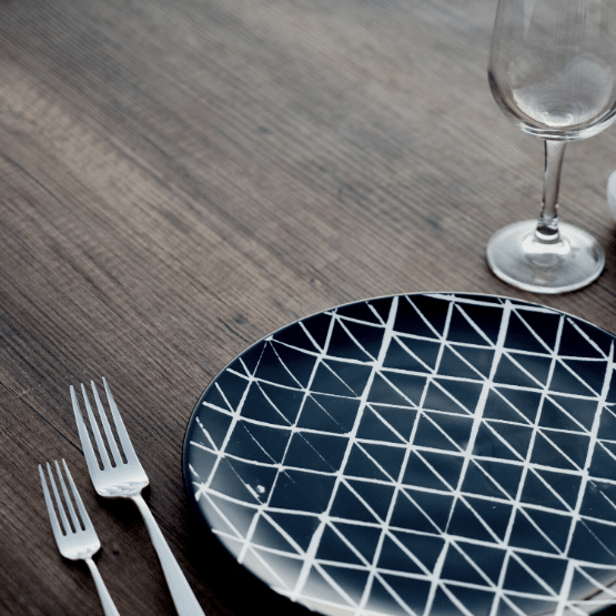 Photo of an empty plate. Dark Moon is a good time for a spiritual fast