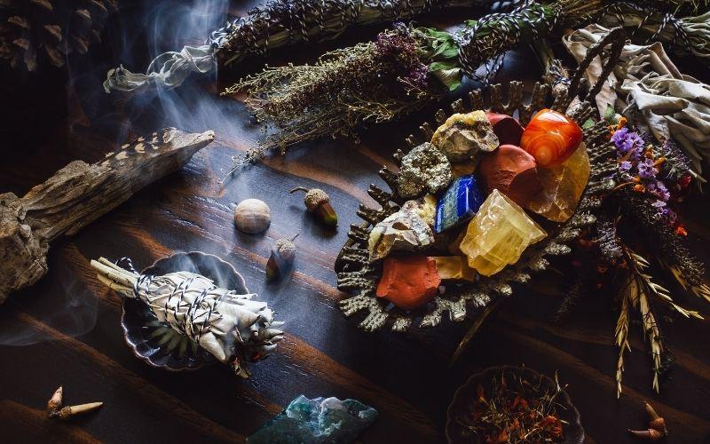 Photo of Mabon Altar symbols and  correspondences